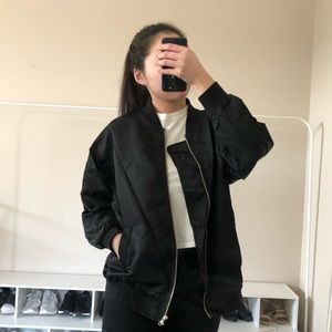 Black oversized bomber